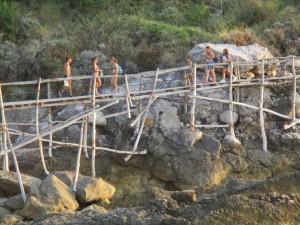 wallking-on-the-bridge-7