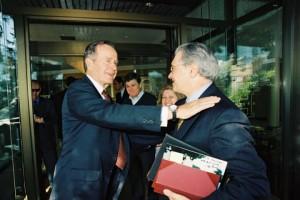 George Bush e Aniello Lauro